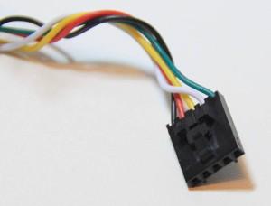 konektor-se-zobackem